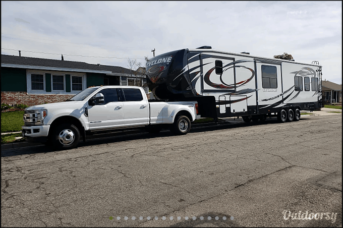Travel Trailer Rental in 2021: Answers to Your Most Burning Questions