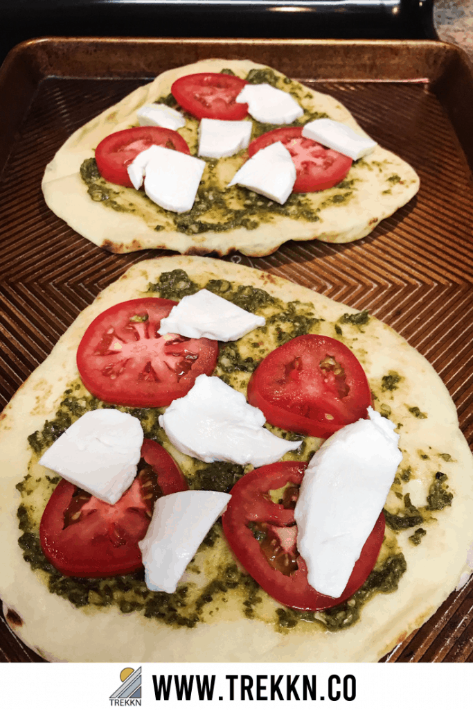 Naan pizza with pesto