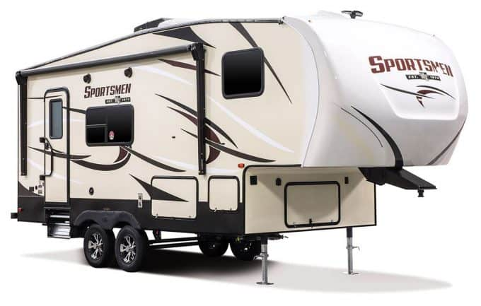 small 5th wheel trails from Sportsmen