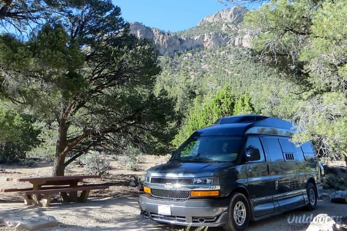 Campervan rental near Yellowstone