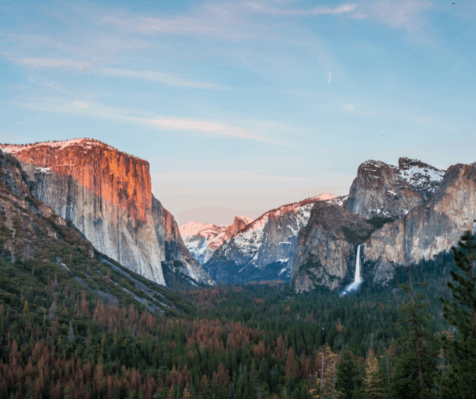 Yosemite National Park Tunnel View at sunset