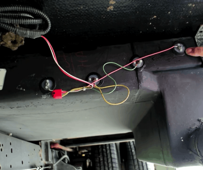 How to know if you have mice in RV