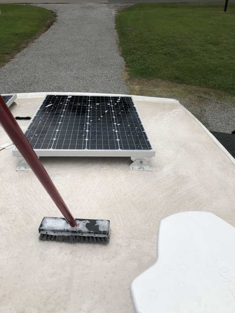 RV Roof Maintenance: The Good, Bad and Sticky