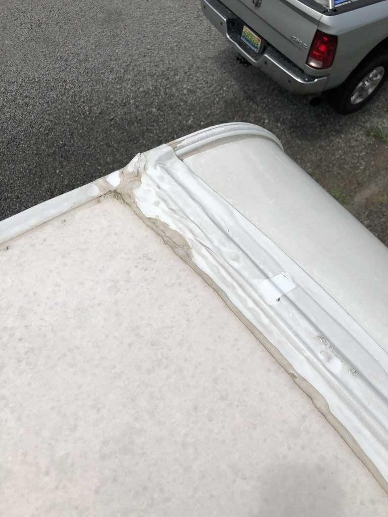 RV Roof Maintenancw