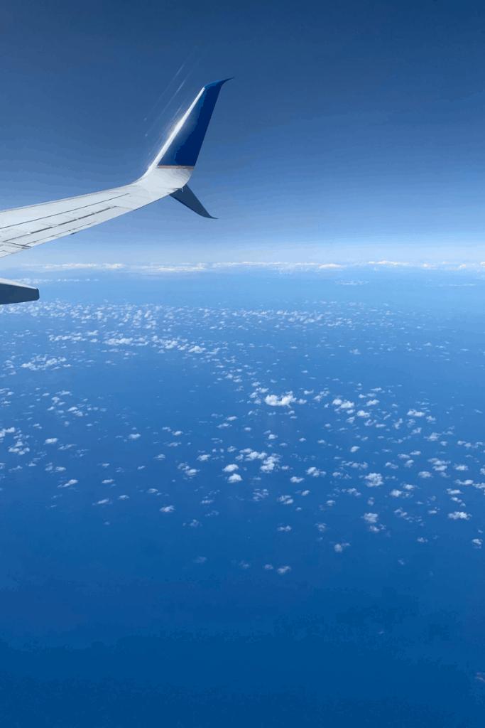 Flying to Hawaii
