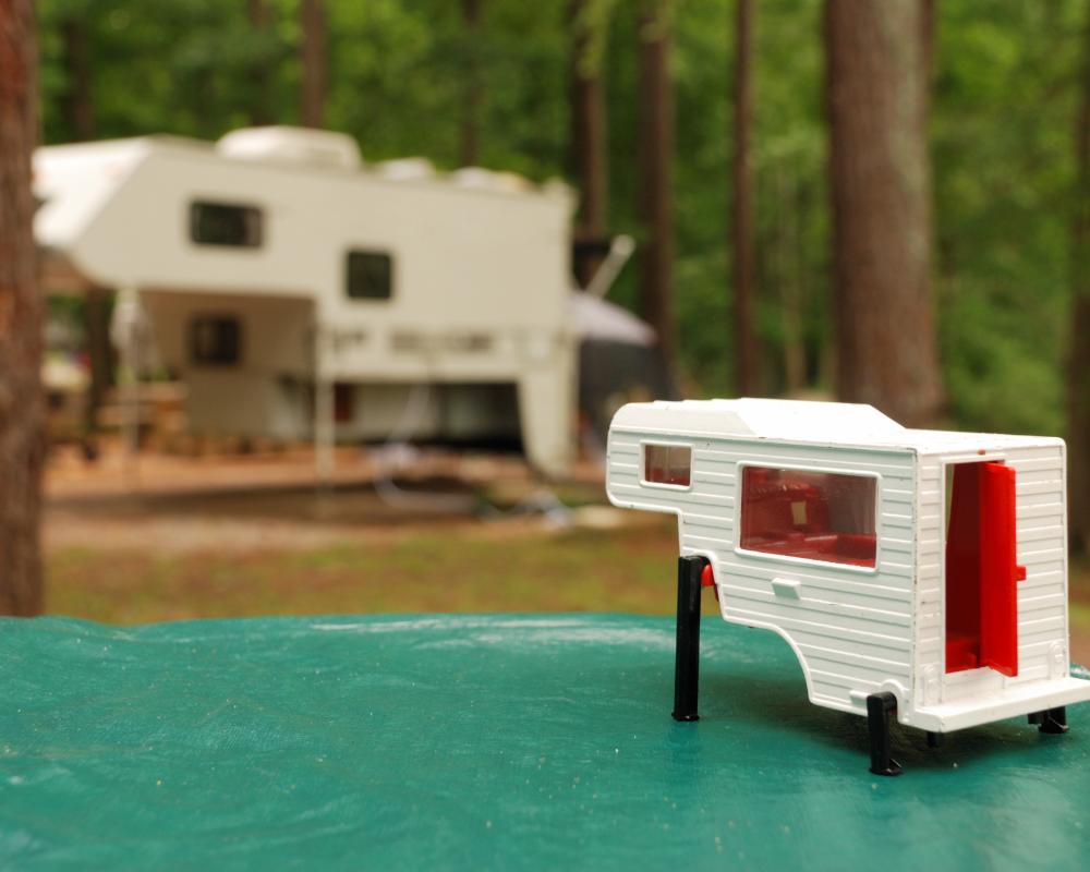 truck camper and toy truck camper