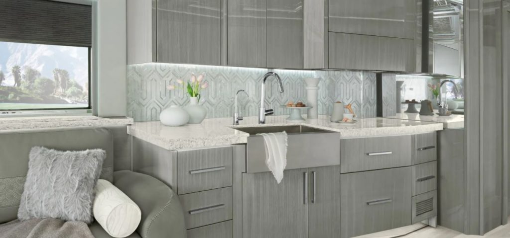 Newmar King Aire Kitchen