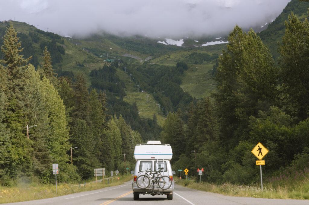 the road to girdwood in alaska